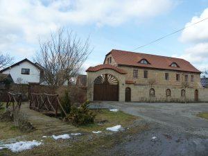 Keramická dílna v obci Zvířetice