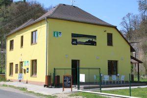 Budova TIC Zvířetice v Podhradí poblíž Bakova nad Jizerou